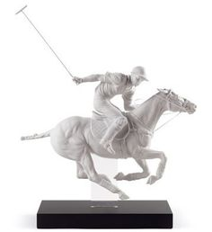 01008719  POLO PLAYER   Issue Year: 2013  Sculptor: Ernest Massuet  Size: 61x50 cm  Base included      Limited Edition 3000 pieces