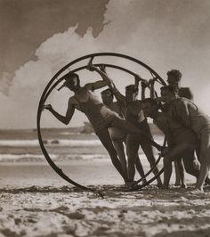 Harold Cazneaux, The Take-off (Sydney, c.1931)