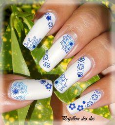 Nail art water decal Y101 sur le  vernis ANDREIA N°59. Retrouvez ces 2 produits ici www.parlezenauxcopines.com/