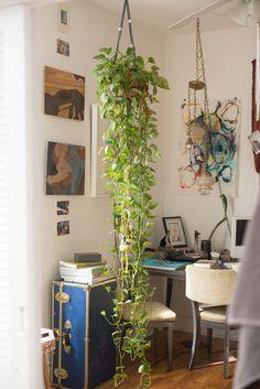 Dez'Mon Omega Fair — Artist, Apartment & Studio, Bushwick, New York.