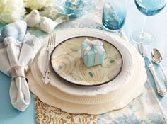 Mother`s Day Elegant Brunch Place Settings from Pier1.com