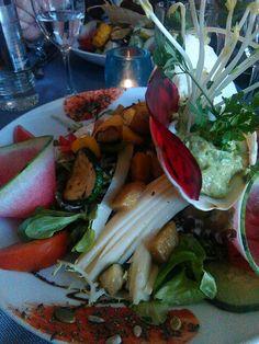 Salade Vitamine im Restaurant GriMouGi in Echternach - Tolles Restaurant, wahnsinnig gut und superschön presentiert! Ein Kunstwerk auf dem Teller ;)