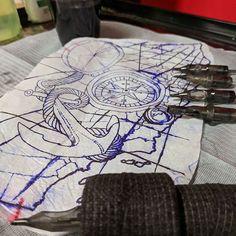 En Next Level contamos con los mejores equipos, para brindarte siempre una experiencia de calidad 😉  Por cierto ya hablaste con Sr. Tato 🤖 ? Nuestro robot en Messenger, el te ayudara a cotizar precios así como mandarte ofertas diarias de tus tatuadores favoritos, no seas tímido y ve a saludarlo! ✌️ #Mexicali #PleasureisForever Next Level Tattoo, Playing Cards, Tattoo Man, Get Well Soon, Cards, Game Cards, Playing Card