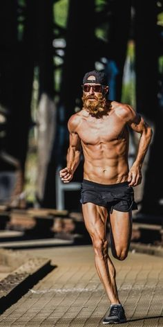 Running Pose, Running Photos, Running Workouts, Trail Running, Fitness Motivation, Daily Burn, Ab Workout Men, Human Poses Reference, Muscle Body