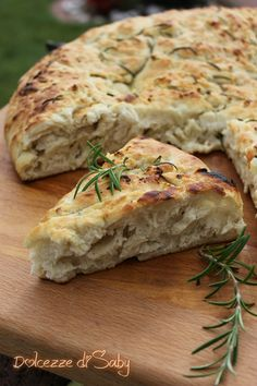 Pizza recipes - Pan focaccia al rosmarino – Pizza recipes Pizza Recipes, Vegetarian Recipes, Cooking Recipes, Healthy Recipes, Focaccia Pizza, Pan Relleno, My Favorite Food, I Foods, Italian Recipes