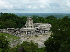 El Mundo Maya se prepara para un boom turístico debido al archiconocido cambio de ciclo maya, el cual se recibió como la profecía del fin del mundo.