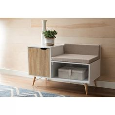 52 Comfy Diy Storage Bench Design Ideas For Your Home Decoration - An outdoor wooden storage bench offers storability and functionality, in an attractive furniture piece to suit all outside spaces, ideal for securing . Wood Storage Bench, Upholstered Storage Bench, Modern Storage Bench, Living Room Modern, Living Room Designs, Deco Studio, Cuisines Design, Furniture Decor, Living Room Furniture