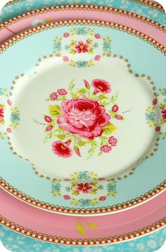 pretty aqua and pink china (Pip Studio again, I believe. I'm Pinning too much Pip, better to just buy the company)