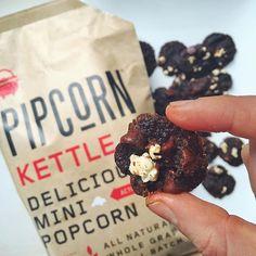 #nationalchocolatechipcookie day! Mini dark chocolate 'popped' cherry cookies @pipsnacks #reciPIP by the lovely @thefreshslice