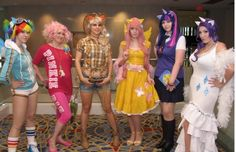 #mlpfim Another take on the cast. Rainbow Dash and Fluttershy are my favorites here.