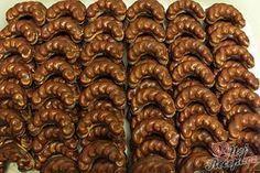 Velmi šťavnatý Milka koláček z hrnečku Slovak Recipes, Czech Recipes, Ethnic Recipes, Christmas Sweets, Christmas Baking, Christmas Cookies, Top Recipes, Sweet Recipes, Cooking Recipes