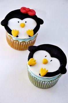 Pinguins cupcakes I love penguins! Fondant Cupcakes, Animal Cupcakes, Yummy Cupcakes, Cupcake Cookies, Sweet Cupcakes, Cupcakes Design, Cake Designs, Cupcakes Bonitos, Baking