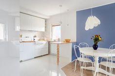 Mieszkanie zaprojektowane przez pracownię FlyFish Projekt - PLN Design