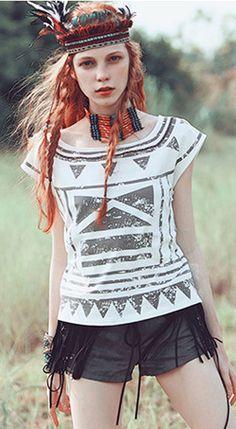 Fashiontroy Bohemian short sleeves crew neck white geometry printed cotton blend T-shirt