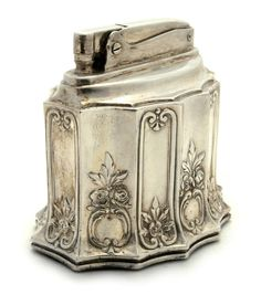 Ronson Colonial Table Lighter, c. Art Nouveau, Art Deco, Silver Spoons, Silver Plate, Silver Table, Tarnished Silver, Sterling Silver, Vintage Silver, Antique Silver