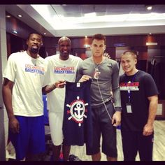 The LA Clippers support DG Anchor Splash!
