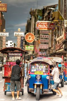amazing pictures of Chinatown Bangkok