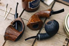 Three organic pieces from Scott Klein plus fresh pipes from Tonni Nielsen and Silver Gray. http://smokingpip.es/2yX76zL