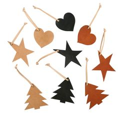 36styklaederjulepynt1121005001 Leather Diy Crafts, Leather Projects, Leather Craft, Christmas Tree Ornaments, Christmas Crafts, Christmas Decorations, Xmas, Diy And Crafts, Crafts For Kids