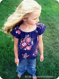 The Life of a Cheap Chickadee: Oh The Many Things You Can Do With a Peasant Top Pattern!