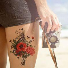Se você está em busca de tatuagens para fazer no ano novo, nós temos a solução! Uma seleção de desenhos e lugares incríveis!