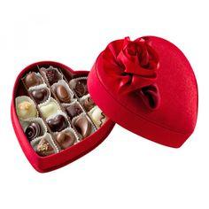 𝗚𝗼𝗱𝗶𝘃𝗮 𝗦𝗮𝘁𝗶𝗻 𝗛𝗲𝗮𝗿𝘁 𝟭𝟯 Buy Delicious with heatshape box to Sweden Gift Boxes For Women, Gifts For Women, Baby Gift Box, Baby Gifts, Chocolate Navidad, Chocolate Delivery, Artisan Chocolate, Gift Box Packaging, Delicious Chocolate