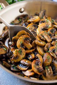 Sauteed Mushrooms Recipe & Garlic Butter Mushrooms & Steakhouse Mushrooms Sautierte Pilze Rezept & Knoblauchbutter Pilze & Steakhouse-Pilze Kohlehydrate The post Sautierte Pilze Rezept Garlic Butter Mushrooms, Steak And Mushrooms, How To Cook Mushrooms, Best Sauteed Mushrooms, Recipe For Sliced Mushrooms, Mushrooms For Burgers, Recipes For Mushrooms, Simple Mushroom Recipes, Carmelized Onions And Mushrooms