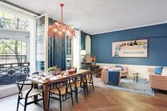 In the arrondissement, the adorable neighborhood with narrow streets that lead through medieval houses, you will find the Apartment Hollmann in Paris. New York Penthouse, Around The World In 80 Days, Around The Worlds, Ile Saint Louis, Medieval Houses, Shopping Street, Open Fires, Paris Hotels, Window Frames
