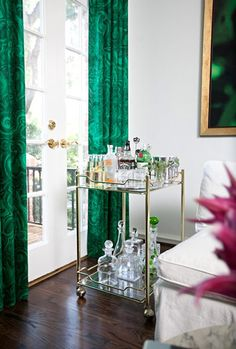there is that dwellstudio malachite again. officially obsessed.