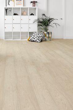 Explore our wide range of high-quality Laminate Flooring! Oak Laminate Flooring, Engineered Wood Floors, Flooring Options, Flooring Ideas, Contemporary Interior, Contemporary Style, Interior Ideas, Interior Inspiration, Luxury Vinyl Tile Flooring