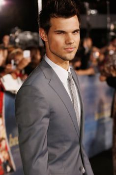 Pin for Later: See How Much Changed From the First to Last Twilight Premiere Taylor Lautner — 2012
