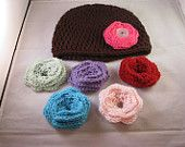 Cute hat with button flowers!