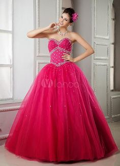 Where Can You Find Pretty Quinceanera Dresses? You can find pretty quinceanera dresses and beautiful dama dresses in online shops which carry formal and evening wear. Short Quinceanera Dresses, Dama Dresses, Dresses Short, Quince Dresses, Ball Gown Dresses, Pageant Dresses, Bridal Dresses, Dresses 2013, Prom Gowns
