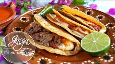 Mexican Dishes, Mexican Food Recipes, Ethnic Recipes, Tacos And Burritos, Good Food, Yummy Food, Taco Tuesday, Enchiladas, Easy Meals