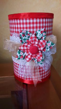 Tin Can Crafts, New Crafts, Diy Crafts Videos, Diy Craft Projects, Crafts To Make, Paper Crafts, Recycled Tin Cans, Recycled Crafts, Recycle Cans