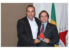 Vereadores de Cássia são agraciados http://www.passosmgonline.com/index.php/2014-01-22-23-07-47/regiao/4362-vereadores-de-cassia-sao-agraciados