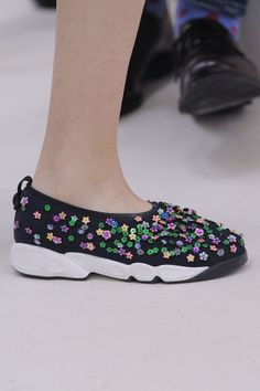 The Most Interesting Couture Shoes! Chanel, Dior, Gaultier, and Christian Dior Couture, Couture Shoes, Dior Haute Couture, Coco Chanel, Dress Code For Women, Black Tie Dress Code, Chanel Sneakers, Sneakers Looks, Floral Fashion