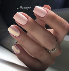 Semi-permanent varnish, false nails, patches: which manicure to choose? - My Nails Stylish Nails, Trendy Nails, Cute Nails, Perfect Nails, Gorgeous Nails, Shellac Nails, Nail Polish, Short Nail Manicure, Hair And Nails