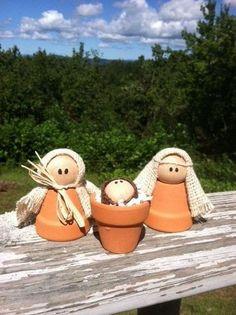 Nativity from clay pots Nativity Crafts, Christmas Nativity, Winter Christmas, Christmas Holidays, Christmas Decorations, Christmas Ornaments, Nativity Sets, Flower Pot Crafts, Clay Pot Crafts