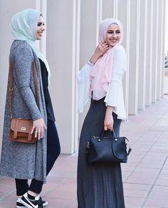 sporty elegant hijab style- How to get hijab trendy looks… Hajib Fashion, Modest Fashion, Fashion Outfits, Womens Fashion, Fashion Trends, Street Fashion, Fashion Ideas, Casual Hijab Outfit, Hijab Chic