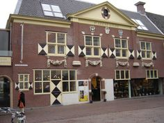The Vermeer Centre is an information center dedicated to the painter Johannes Vermeer and the work of his contemporaries in Delft, the Netherlands.  The building is a rebuilt version of the old local Guild of Saint Luke. The center works with local archeology groups and other heritage organisations to disseminate information about Delft during the lifetime of Vermeer. The center acts as a museum, though technically it does not own the original artifacts on display and therefore has not…