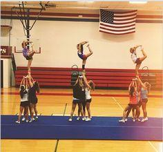 #yipes #yipesonline #stunts #stunting #cheer #cheerleaders #team #sta #bulldogs Cheer Stunts, Cheerleading, Bulldogs, Basketball Court, Sports, Life, Hs Sports, Sport, Bulldog Breeds