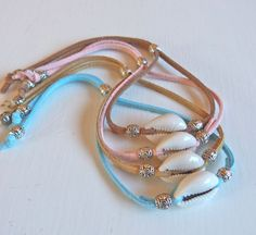 cowrie shell bracelet, beachcomber bracelet, beach boho bracelet, bohemian jewelry, mermaid bracelet