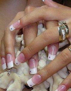 pierced_nails41_oomphelicious.wordpress.com_PIERCED NAILS