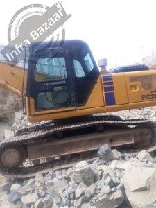 Buy Used L&T 2013 Excavator for sale in Hyderabad  by owner at low price