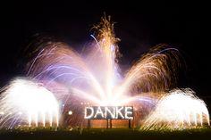 Ein schönes Lichterbild zu einem unserer Feuerwerk einer Feier zu einem Firmenjubiläum.