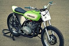 Kawasaki S1 Custom flat tracker. Most impressive street legal tracker I have seen in a long time.
