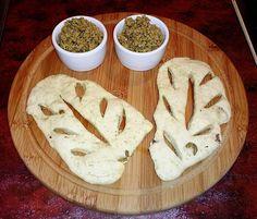 Pampuchy - wszystko o gotowaniu: Chlebek fougasse z zieloną tapenadą