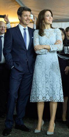 La elegancia de la Princesa Mary | Página 13 | Cotilleando - El mejor foro de cotilleos sobre la realeza y los famosos. Felipe y Letizia.