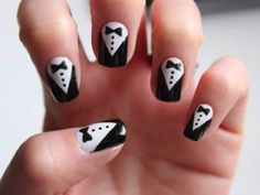 Welcome to YUMMY NAILS nail art images all at your fingertips! Featuring amateur & professional nail art from all over the world New Year's Nails, Diy Nails, Cute Nails, Pretty Nails, Hair And Nails, Diy Nail Designs, Simple Nail Art Designs, Easy Nail Art, Uñas Sally Hansen